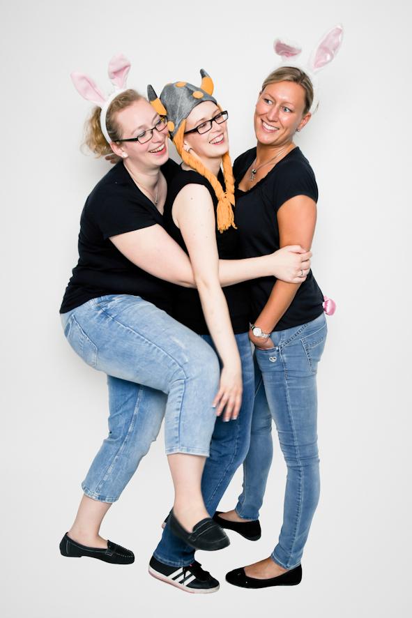 3 Frauen verkleidet Fotoparty JGA Fotostudio Dortmund Fotoshooting Idee